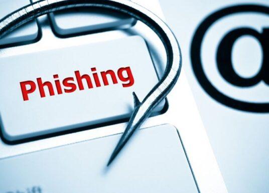 Los correos electrónicos y los teléfonos móviles se convierten en las principales herramientas de phishing